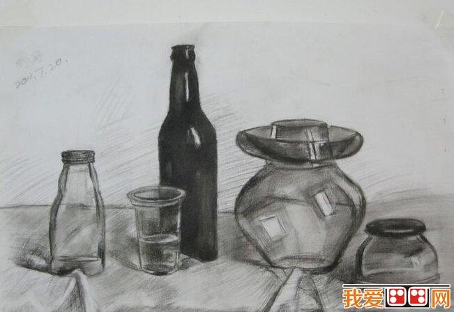 素描中的质感应该怎样表现 玻璃-素描技巧 如何表现素描画面的质感