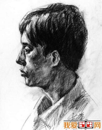 男性侧面素描头像作品