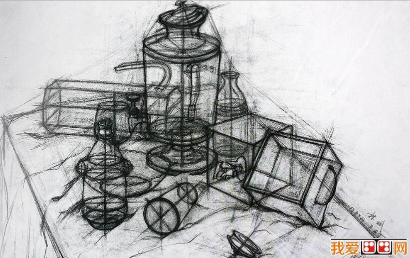 中国美院学生优秀结构静物素描作品欣赏(5)_素描教程