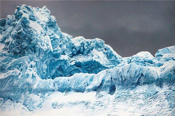图片 插画图片  1/1                        超写实冰山风景插画图片